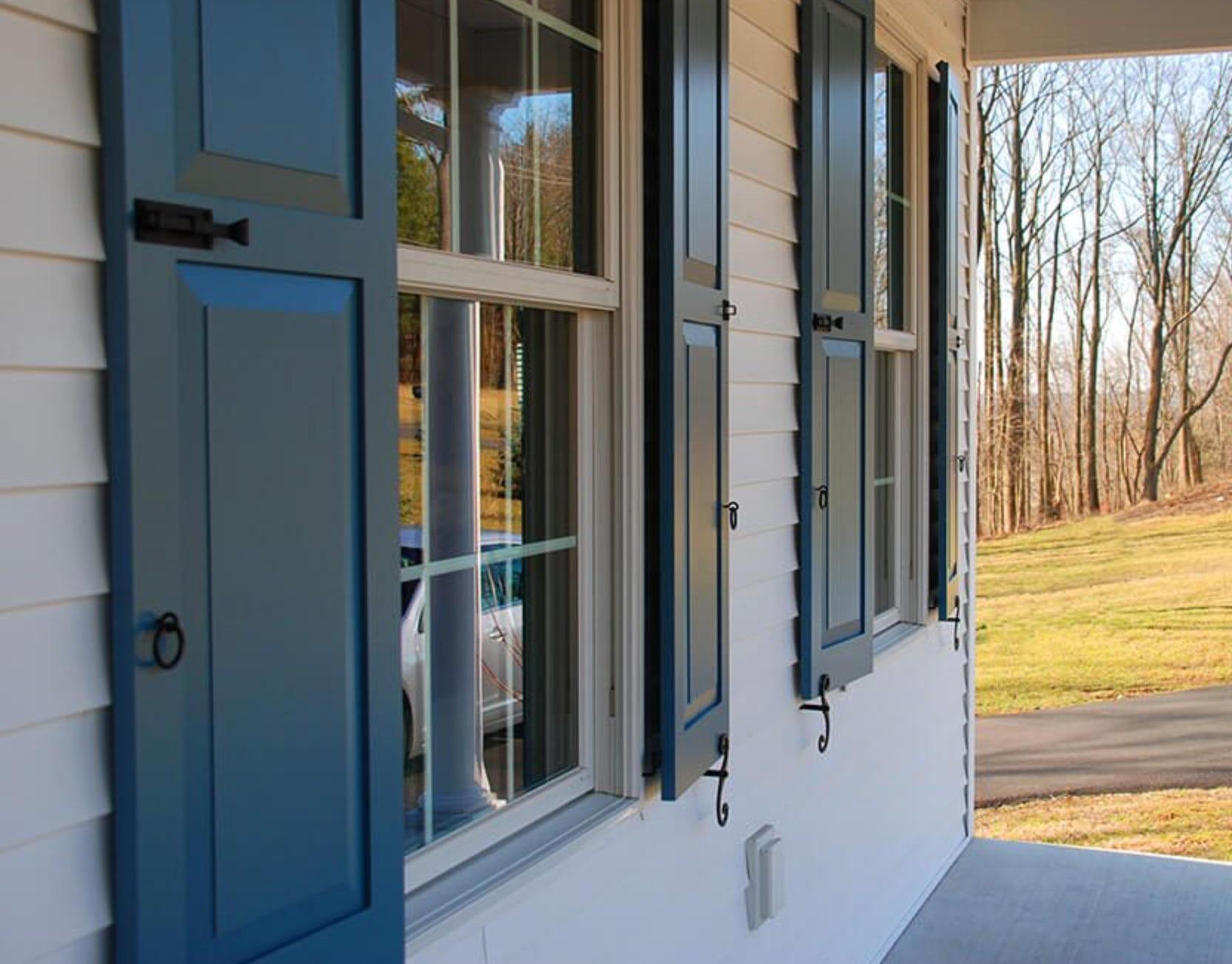 architecturally correct shutter
