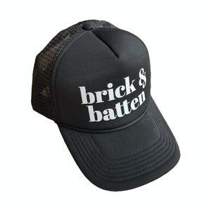 b&b black hat on white background