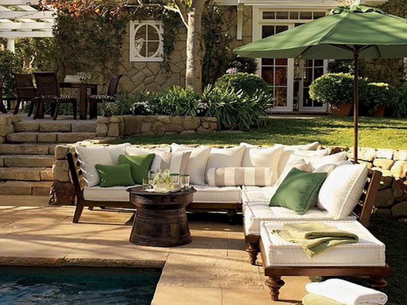 patio furniture green accent