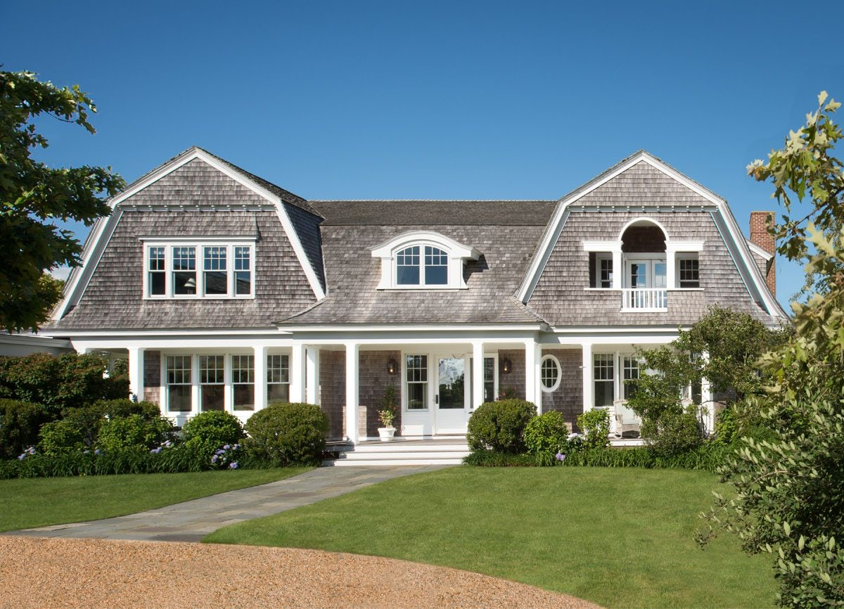 Nantucket style with sidelights