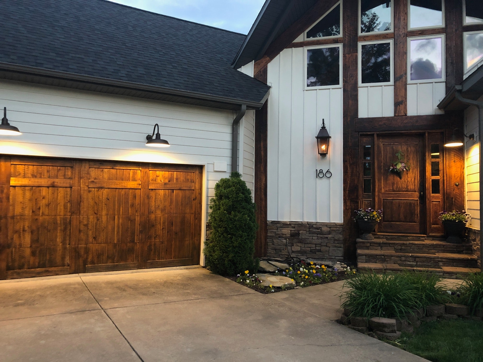 Eggshell Paint Everything You Need To Know For Exterior Usage Brick Batten